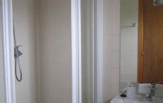 loft one bathroom